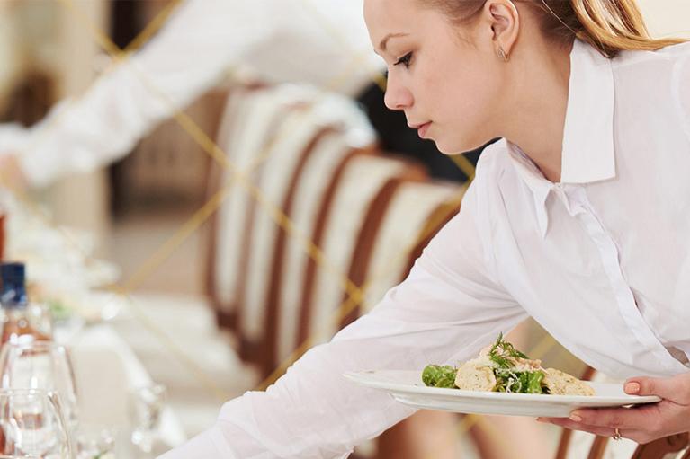 La recherche d 39 emploi en mode de restauration collective for Emploi agent restauration collective